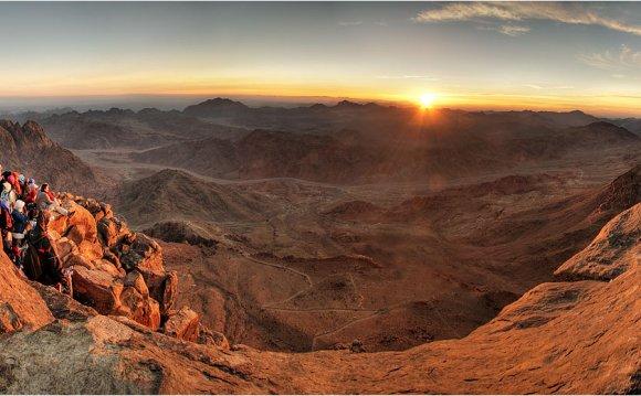 Гора Моисея. Египет. Встреча